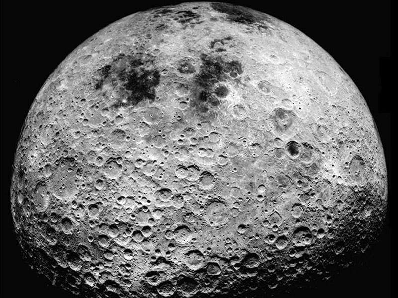 The Moon ดาวบริวารดวงเดียวของโลก