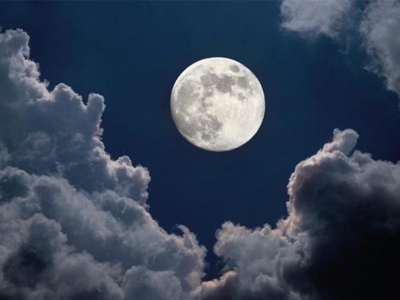 ดวงจันทร์มีอิทธิพลต่อน้ำขึ้น – น้ำลง